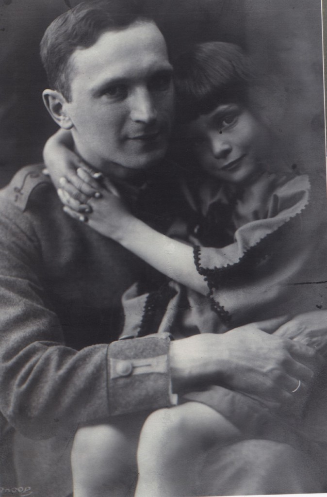 Ortmann in military uniform with his daughter Muschi