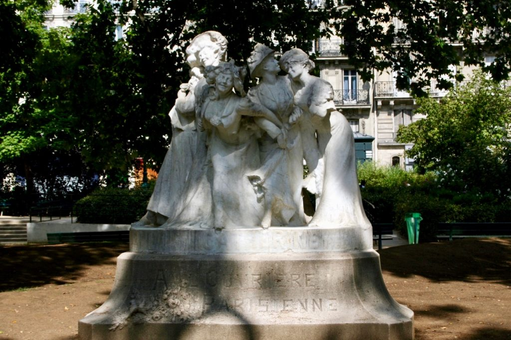 sculpture by Julien Lorieux for (1908) La Sainte Catherine